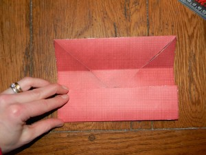How to make a small gift box, folding up sides