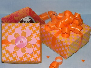 How to make a small gift box, party boxes