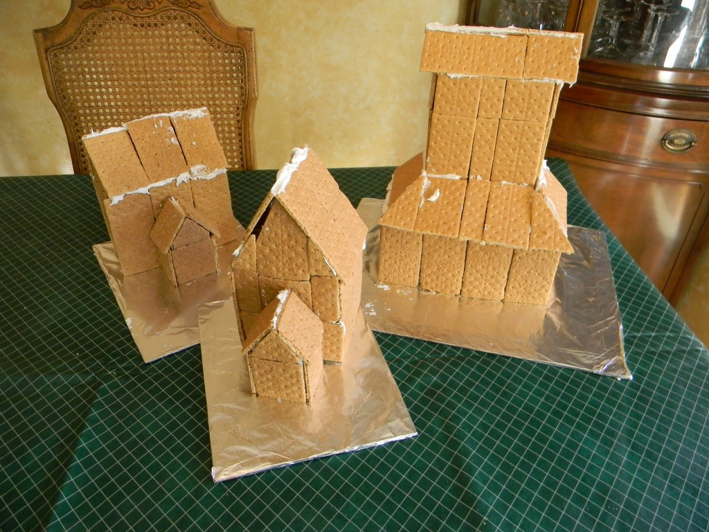 Graham Cracker Gingerbread House Bases