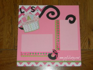 Cupcake scrapbook page layout