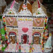 gingerbread houses, candy houses, gingerbread icing