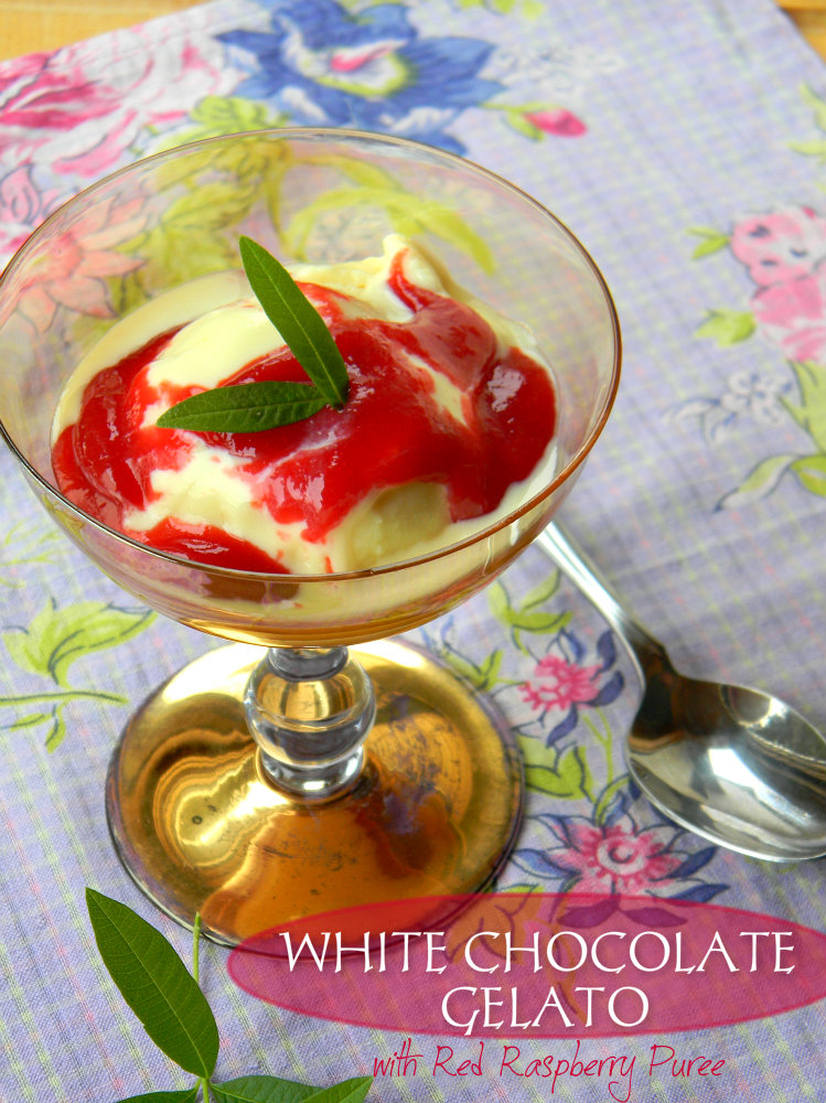 WHITE CHOCOLAT GELATO WITH RED RASPBERRY PUREE