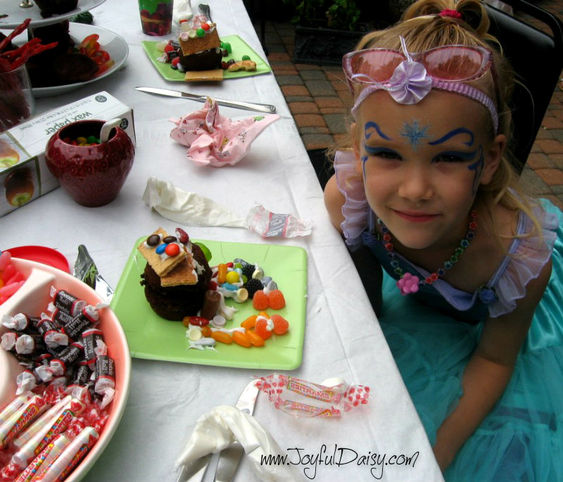 fairy party - edible fairy houses.jpg PZ