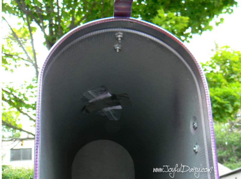 Treasure Hunt Mailbox