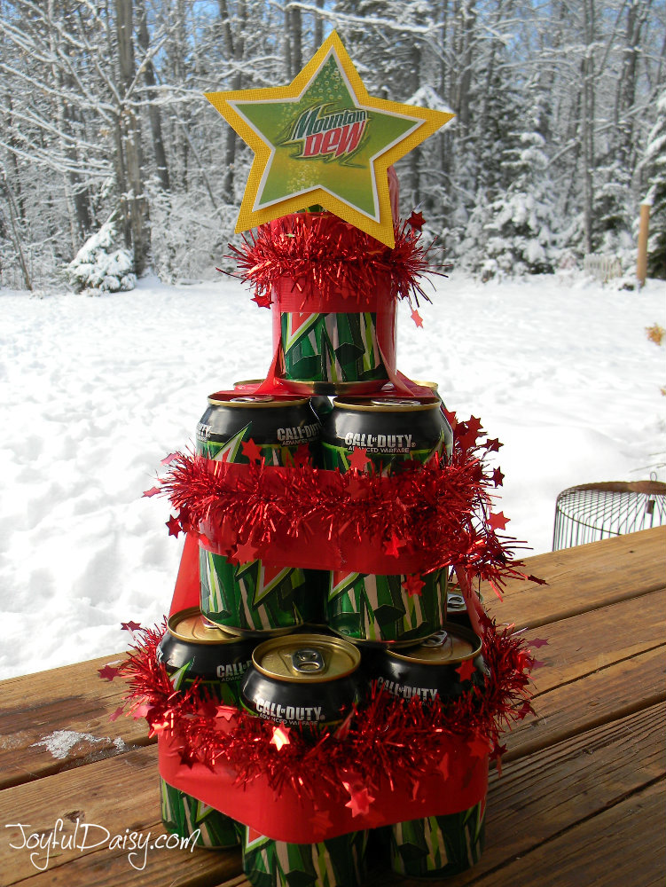 Beer pop can christmas tree gift joyful daisy