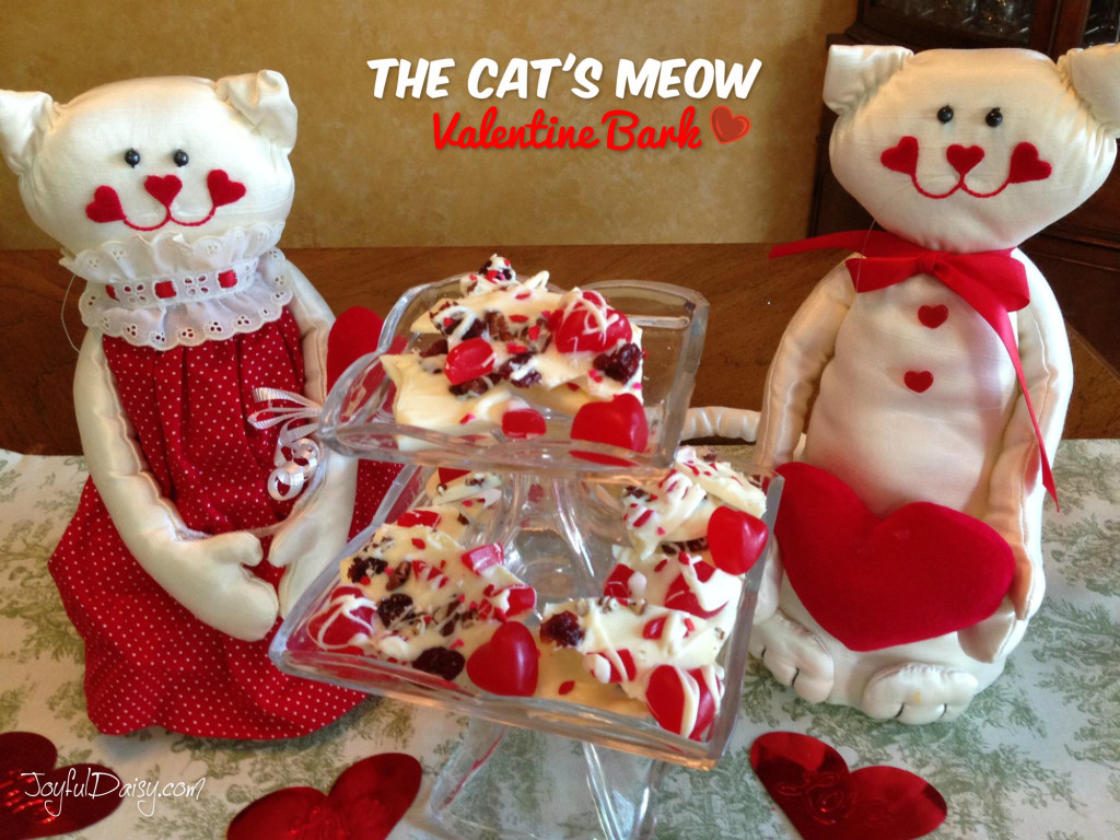 The Cats Meow Valentines Bark Heart
