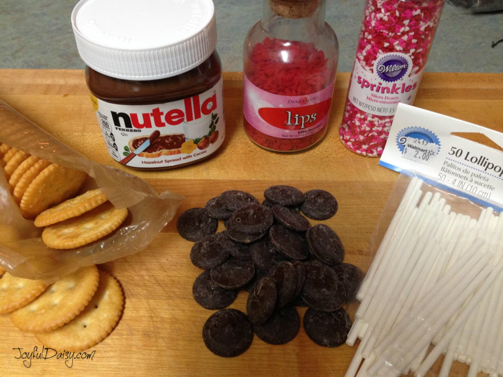 ingredients for ritz cracker nutella suckers