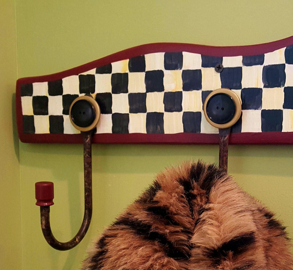 How to make an easy coat hook board